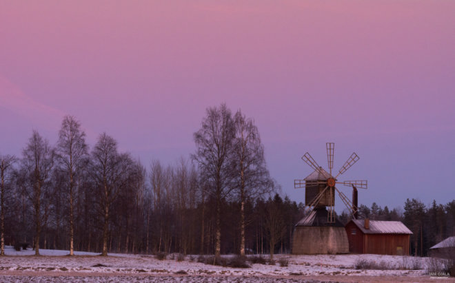 Pink sunset by the windmill