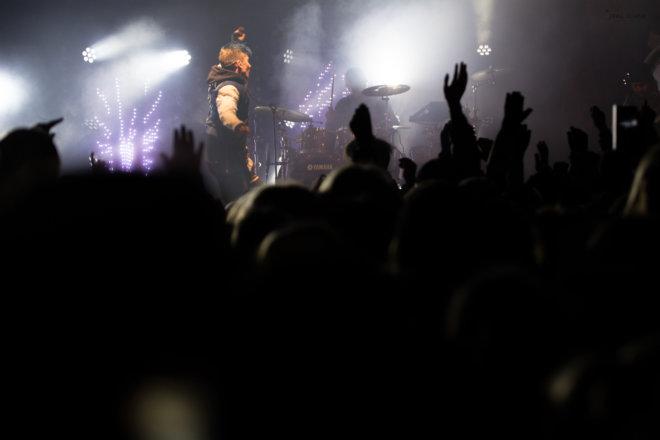 Antti tuisku on stage