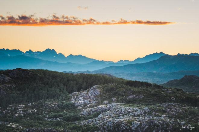 mountainsinsunset3