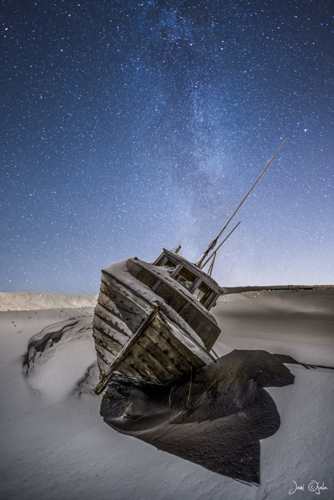 Boat under the stars