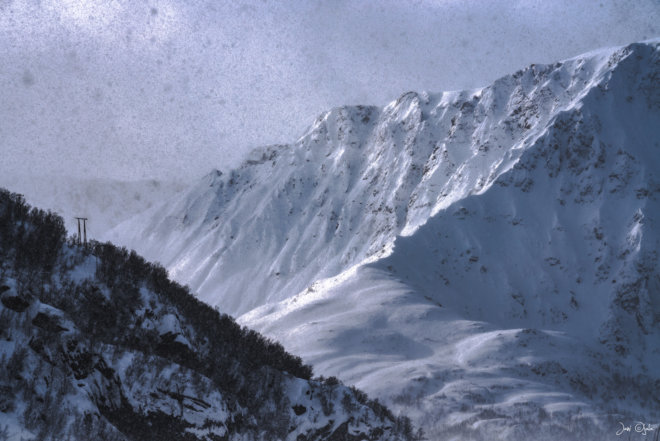 Heavy snow in the mountains