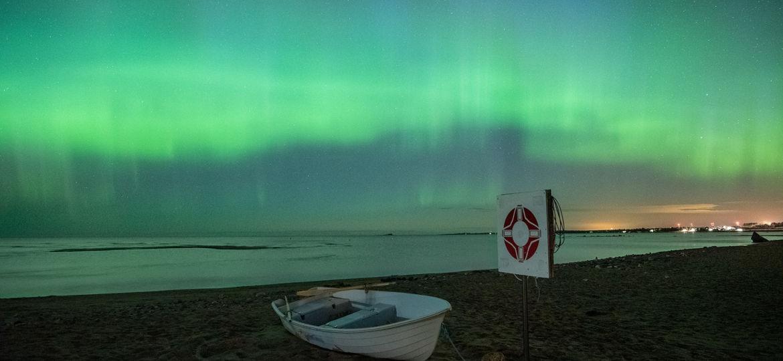 aurorasbythebeach
